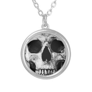 Weathered Old Skull - Black & White Silver Plated Necklace