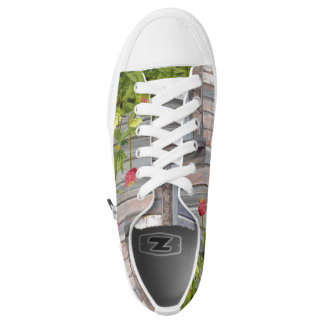 weathered wood and zinnias Low-Top sneakers