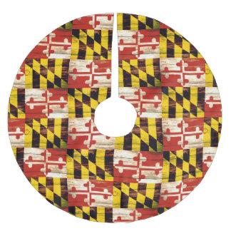 Weathered wood Maryland flag tree skirt