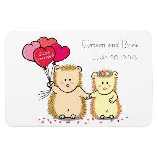 Wedding Favor Magnet - Cute hedgehog couple