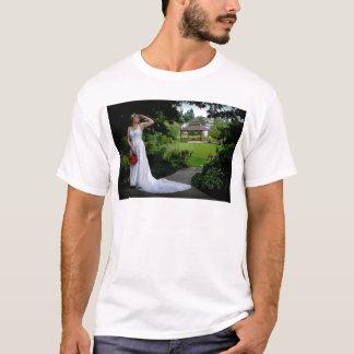 WedPoseSeekR091810 T-Shirt