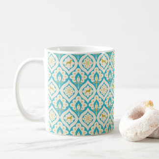 WEIMARANER AND PEACOCK FEATHERS DETAIL WHITE MUG