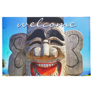 """Welcome"" Funny Laughing Smile Wooden Face Photo Doormat"