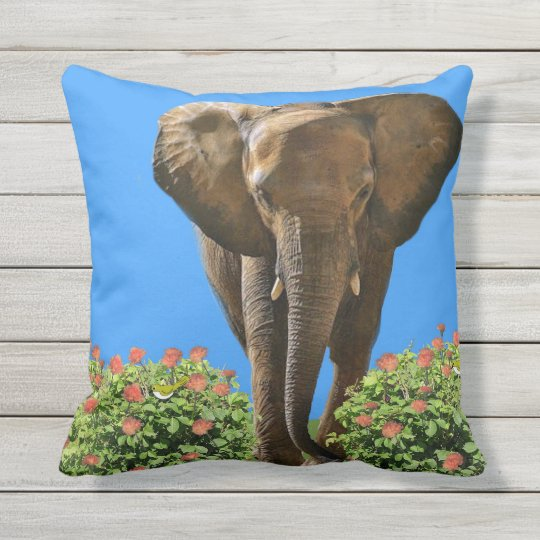 Welcome Home. Throw Pillow