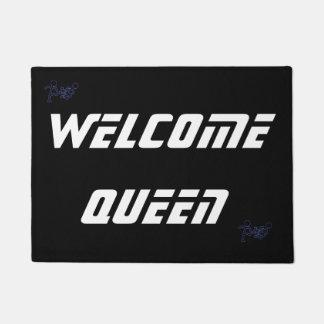 """Welcome queen 45.7 cm x 61 cm (18"""" x 24"""") Door Mat"""