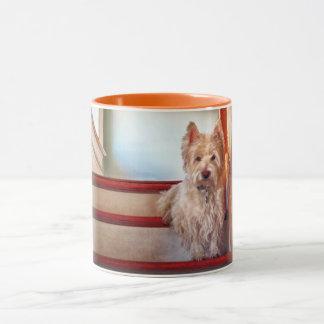 Westie Dog Sitting on the Stairs, Vintage Look Mug