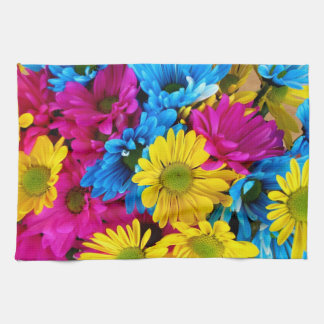 What Color Is YOUR Daisy? Kitchen Towel