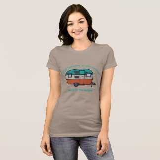 What happens in the camper - MzSandino T-Shirt
