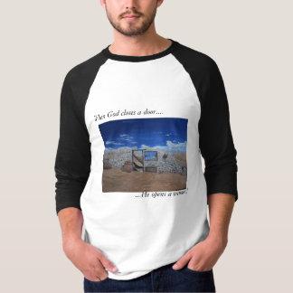 'When God closes a door...'  Men's Large Tee' T-Shirt