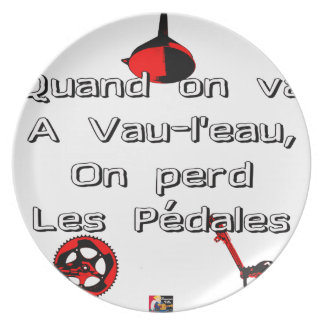 When one goes in Vau-L' water the Pedals are lost Plate