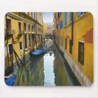 When Water Meets Color Mouse Pad