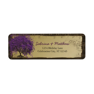 Whimsical Heart Leafed Tree Plum on Gold