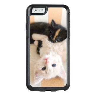 White And Black Kitten Lying On Sofa OtterBox iPhone 6/6s Case