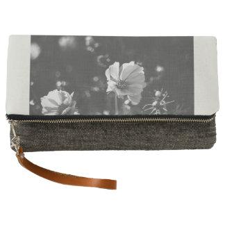White anemone flowers clutch