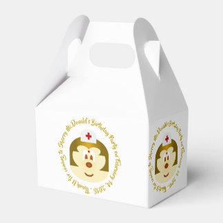 White Bg & Nurse 鮑 鮑 Gable Favor Box