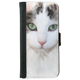 WHITE CAT WITH GREEN EYES IPHONE WALLET CASE