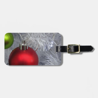 White Christmas Tree Baubles Luggage Tag