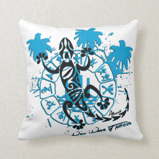 White cushion horoscope lizard