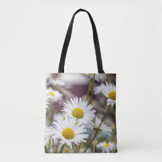 White daisies all-over-print tote bag