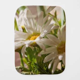 White Daisies Burp Cloth