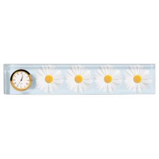 white daisy desk nameplate