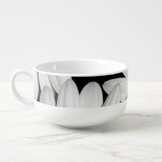 White Daisy Flowers Soup Mug