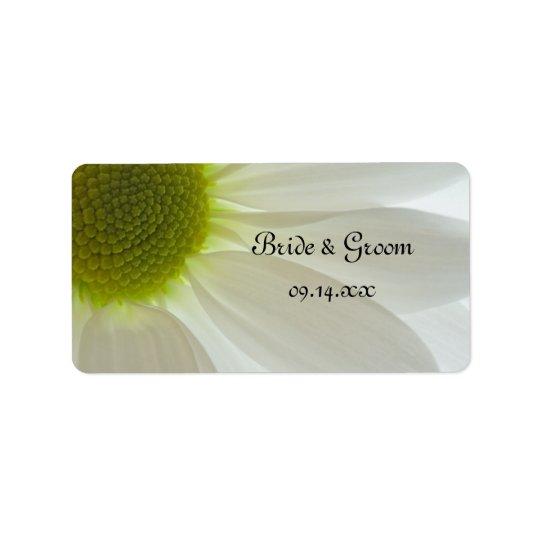 White Daisy Petals Wedding Favour Tag