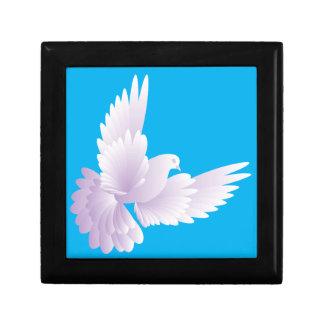 white dove in blue sky 3 trinket boxes