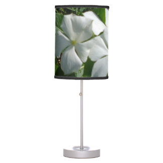 WHITE FLOWERS TABLE LAMP