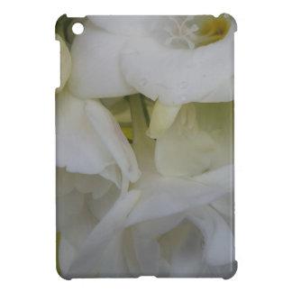 White freesia case for the iPad mini