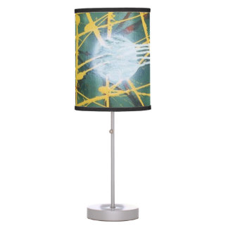 WHITE HOLE GOLD LINES TABLE LAMP