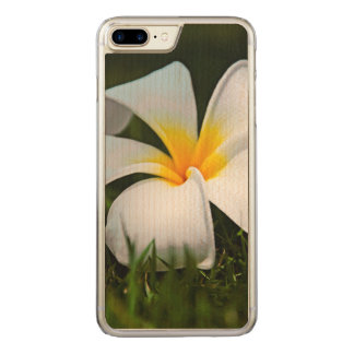 White Plumeria Frangipani Hawaii Flower Carved iPhone 8 Plus/7 Plus Case