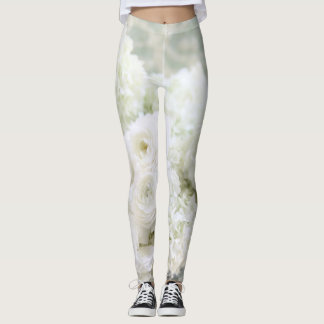 White ranunculus and hydrangeas leggings