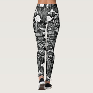 White Roses in Black Garden Women's Leggings