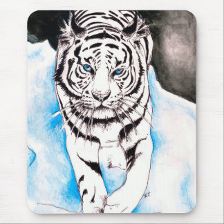 White Siberian Tiger Winter Mouse Pad