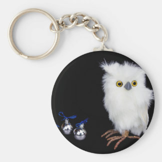 White snowy owl figurine with silver christmas basic round button keychain