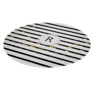 "White Stripes ""faux 3D"" Monogram | Cutting Board"