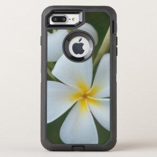White Tropical plumeria Flower From Fiji OtterBox Defender iPhone 8 Plus/7 Plus Case