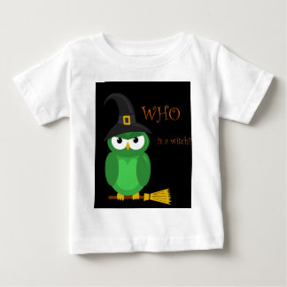 Who is a witch? - green baby T-Shirt
