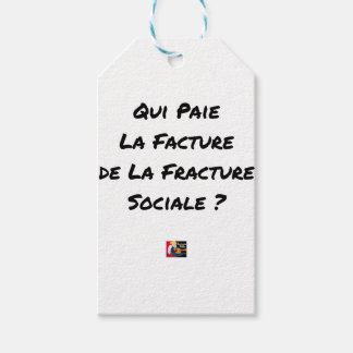 WHO PAYS THE INVOICE OF THE SOCIAL FRACTURE GIFT TAGS