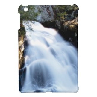 widening waterfalls cover for the iPad mini