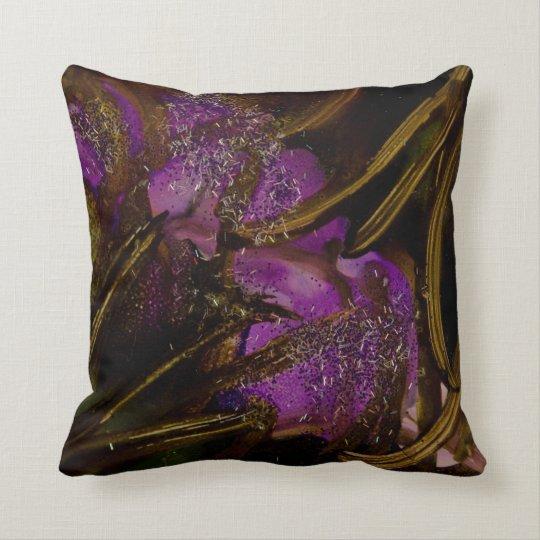 Wild Garden v4 pillow