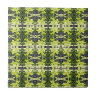Wild Nicotiana 12 Tile