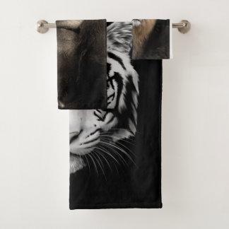 Wild safary animals bath towel set