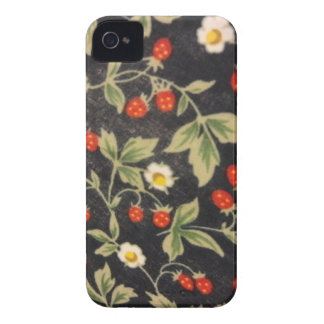 Wild Strawberries iPhone 4 Cover