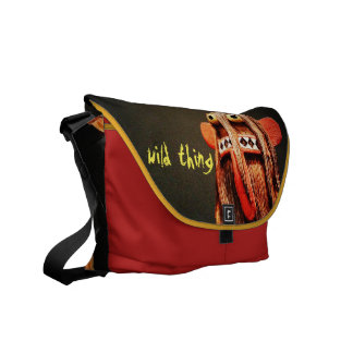 """""""Wild Thing"""" Quote Cute Funny Silly Face Photo Messenger Bag"""