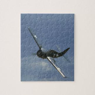 Wildcat, Banking Left._WWII Planes Puzzles