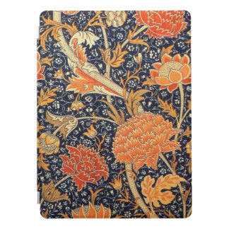 William Morris Cray Floral Art Nouveau Pattern iPad Pro Cover