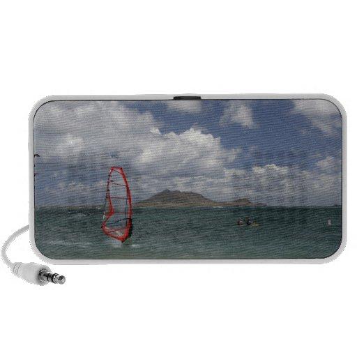 Windsurf in Hawaii Doodle Travel Speaker