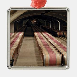 Wine cellars metal ornament